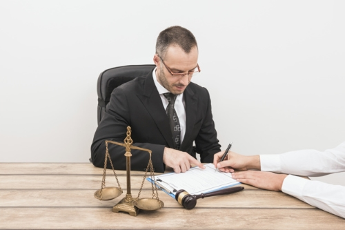 وکیل شرکت های خصوصی در مشهد