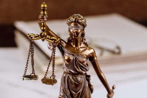 وکیل حقوقی در درگز