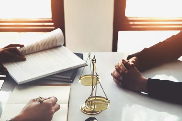 وکیل دادگستری در مشهد، بجنورد و خراسان رضوی