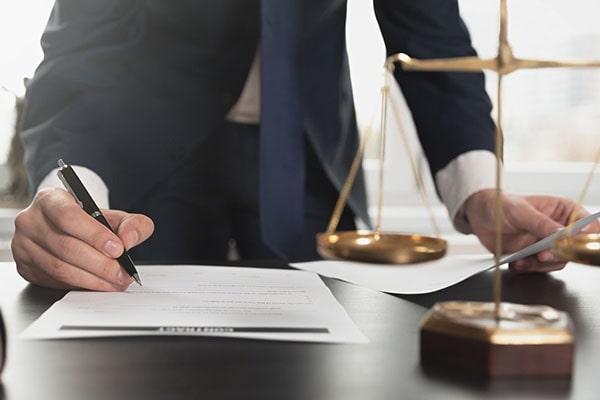 وکیل دادگستری در نیشابور