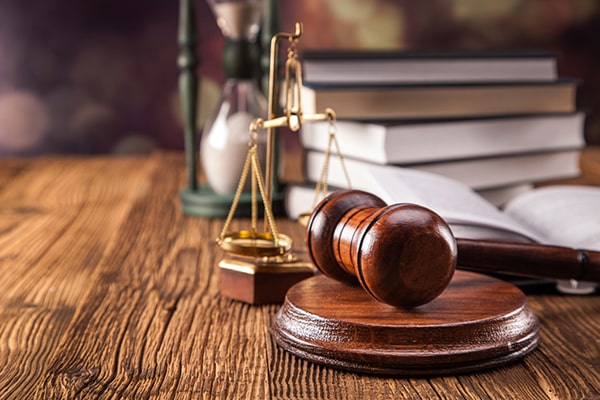 وکیل دادگستری در کاشمر