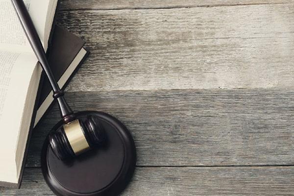 وکیل دادگستری در بردسکن