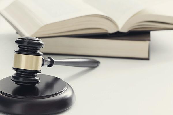 وکیل دادگستری در طرقبه و شاندیز