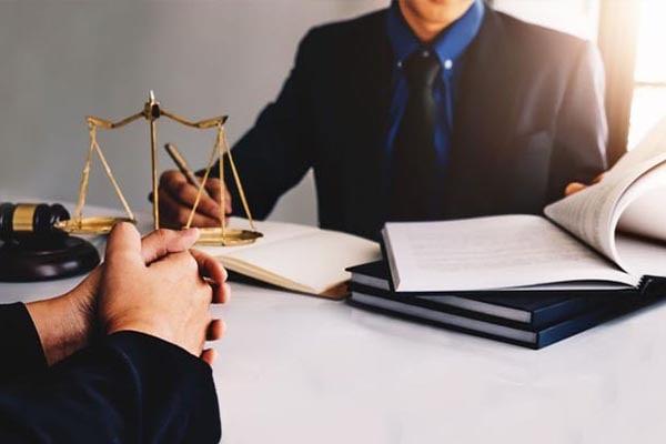 وکیل دادگستری در داورزن