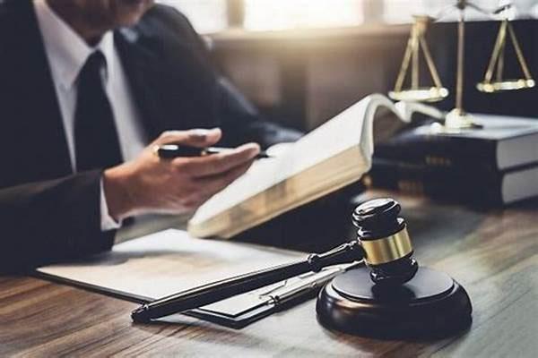 وکیل در دشتیاری